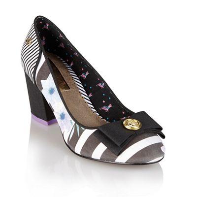 Babycham Black multi ´Rochelle Flower´ court shoes - . -