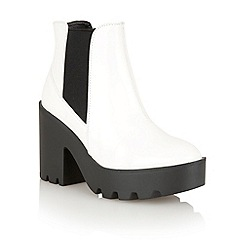 Dolcis - White 'Belfast' chelsea ankle boots