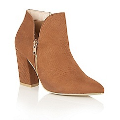 Dolcis - Dark Tan 'Jemmy' ankle boots
