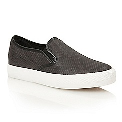 Dolcis - Black 'Essen' slip-on plimsolls