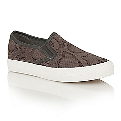 Dolcis - Grey 'Essen' slip-on plimsolls