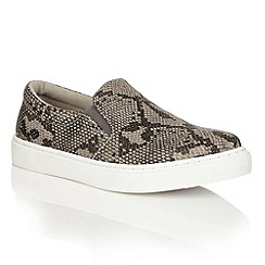 Dolcis - Grey 'Addison' slip-on flat plimsolls