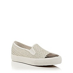 Dolcis - Silver 'Hailey' slip-on plimsolls pumps