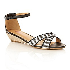 Dolcis - Black/white 'Maia' ladies ankle strap sandals