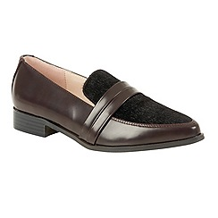 Dolcis - Burgundy 'Perla' slip-on loafers