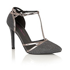 Dolcis - Pewter 'Nevada' court shoes