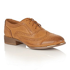 Dolcis - Tan 'Casey' brogues
