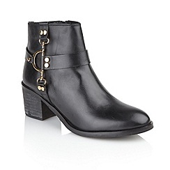Ravel - Black 'Bakersfield' slip-on heeled boots