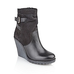 Ravel - Black 'Honolulu' ladies platform ankle boots