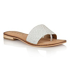 Ravel - Off white crackle 'Cusseta' ladies sandals