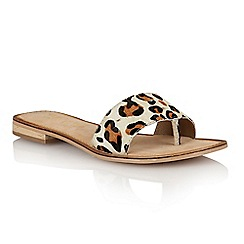 Ravel - Leopard pony 'Cusseta' ladies sandals