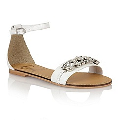 Ravel - White 'Tulsa' ladies sandals