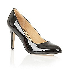 Ravel - Black patent 'Jacksonville' court shoes