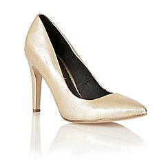 Ravel - Gold 'Mableton' metallic court shoes