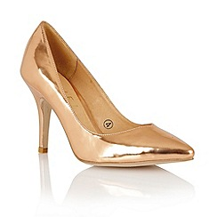 Ravel - Rose gold metallic 'Little Rock' court shoes