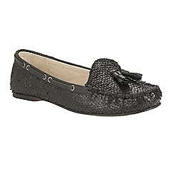 Ravel - Black 'Eloy' snake effect slip-on tassel loafers