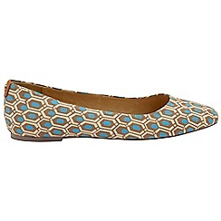 Ravel - V&A Aqua 'Alice' ladies slip on pumps
