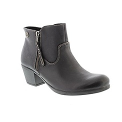 Earth Spirit - Black leather 'Montgomery' ankle boots