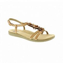 Earth Spirit - Victorville - Biscuit sandals