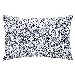Clarissa Hulse - Blue 200 thread count floral 'Boston Ivy' pillow case