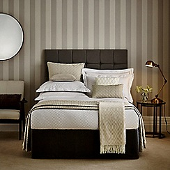 Hotel - Natural 'Cadogan' bed linen