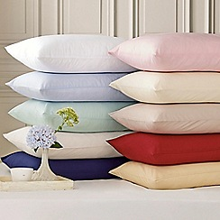 Helena Springfield - red 'percale plain dye' bed linen