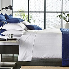 Hotel - White 'Plaza' bed linen