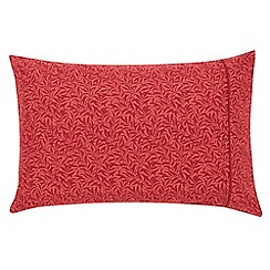 Morris & Co - Red 300 thread count patterned 'Strawberry Thief' pillow case