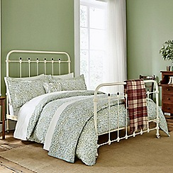 Morris & Co - Light green 'Willow Bough' bed linen