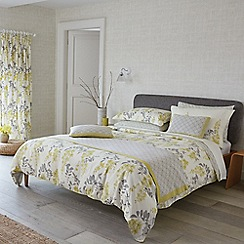 Sanderson - Pale yellow floral 'Wisteria Blossom' duvet cover