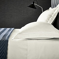 Hotel - Ivory cotton sateen 'Linley' flat sheet