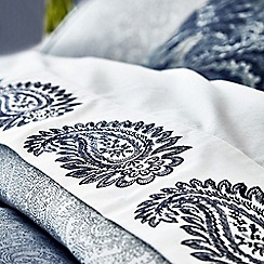 Fable - Dark blue cotton 200 thread count 'Paisley' double flat sheet