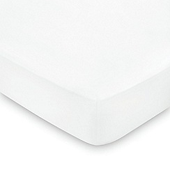 Hotel - White combed cotton sateen 600 thread count 'Maya' fitted sheet