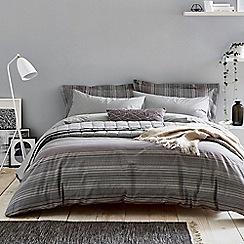 Harlequin - Dark grey cotton percale 180 thread count 'Blaze' bedding set