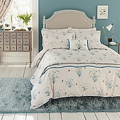 V & A - Multicoloured 'Butterfly Garden' bed linen set