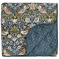 Morris & Co - Dark blue floral 'Strawberry Thief' quilted throw