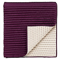 Sanderson - Plum 'Capuchins' throw