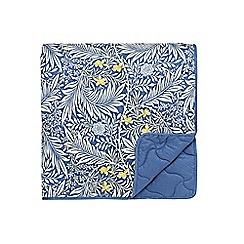 Morris & Co - Dark blue cotton percale 180 thread count 'Larkspur' throw