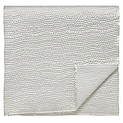 Fable - White 'Riveria' throw