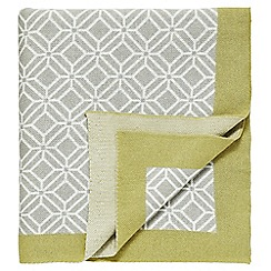 Sanderson - Pale yellow 'Wisteria Blossom' throw