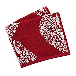 V & A - Red 'Lerena' towels