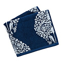 V & A - Blue 'Lerena' towels