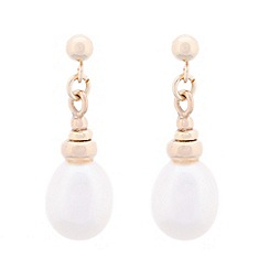 Pure Luxuries London - Gift packaged white pear river pearl and 9ct yellow gold drop earrings