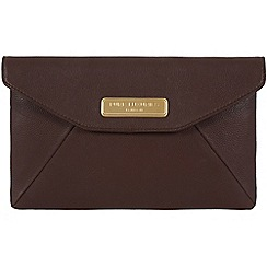 Pure Luxuries London - Brown 'Kayla' leather clutch - Deluxe Collection
