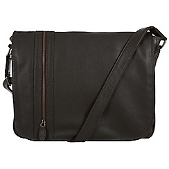 Pure Luxuries London - Brown 'Byron' natural leather messenger bag