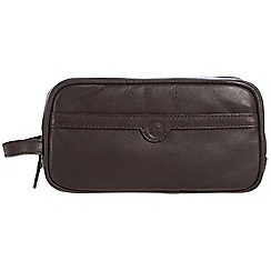 Pure Luxuries London - Brown 'Moore' leather wash bag