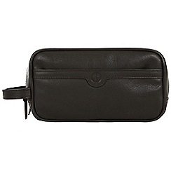 Pure Luxuries London - Brown 'Moore' natural leather wash bag