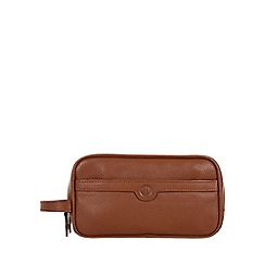 Pure Luxuries London - Chestnut 'Moore' natural leather wash bag