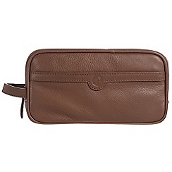 Pure Luxuries London - Dark chestnut 'Moore' leather wash bag
