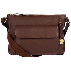Pure Luxuries London - Auburn 'Guildford' leather bag with gold-coloured detailing